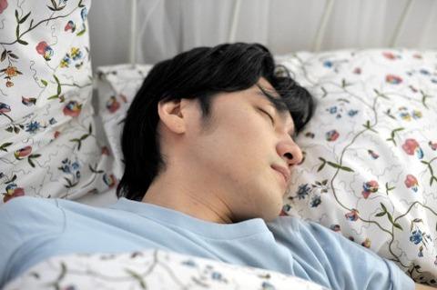 いびきを放置すると病気の危険があります